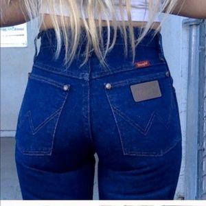 🔥🔥Vintage High waisted Wrangler Mom jeans